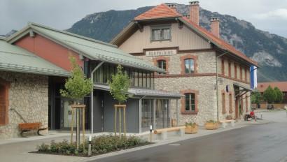 Ruhpolding präsentiert neues Tourismusgebäude
