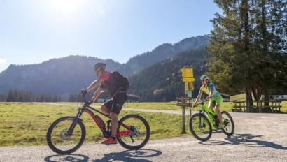 """TOM e.V. startet """"Fair Bike"""" Kampagne Oberbayern für ein verantwortungsvolles Handeln in den Bergen"""