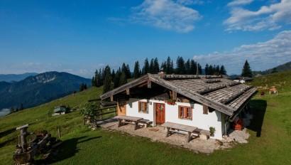 Gemeinschaftsprojekt zum Schutz der Almen: Neuer Almführer für das östliche Oberbayern