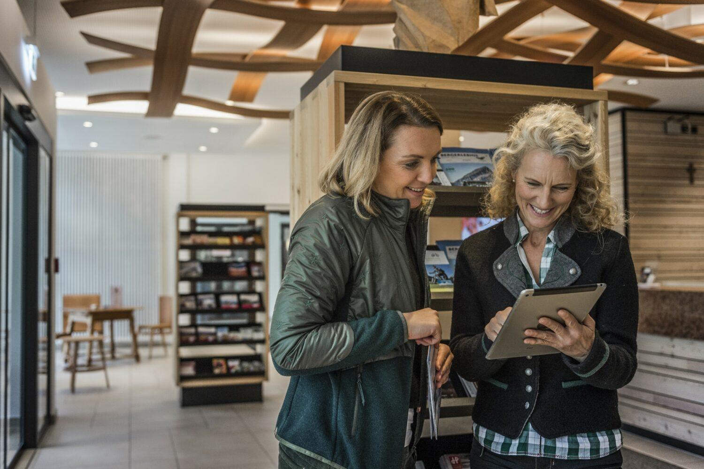 SAMSTAG, 20. November 2021 Die Tourist-Infos in Oberbayern präsentieren sich, ihr Angebot und ihre Partner vor Ort